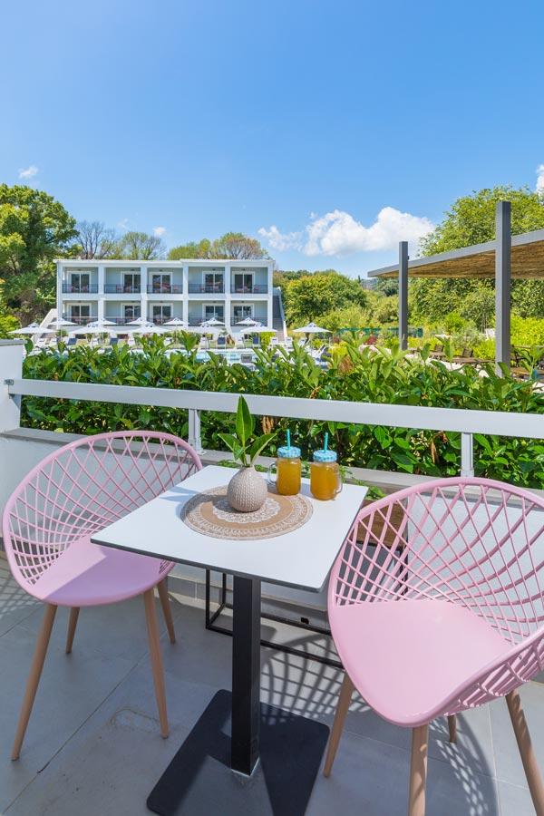 la maison luxury accommodation ipsos beach corfu
